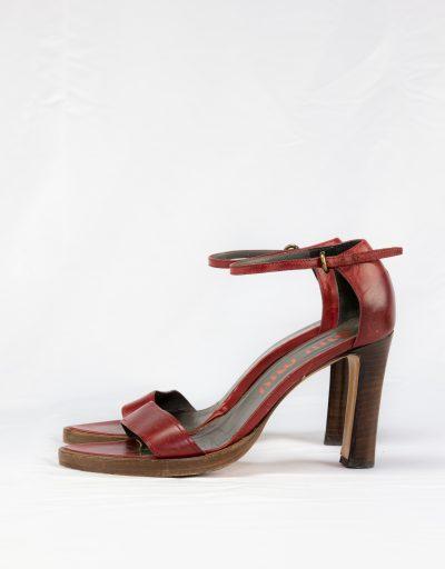 Sandalo in pelle Miu Miu 2